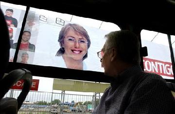 Michelle Bachelet de Chile en campaña